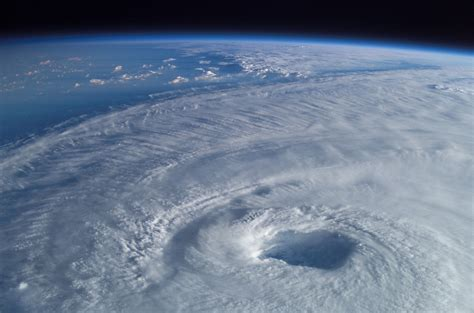 Hurricane Isabel | This close-up view of the eye of