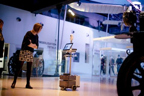 Let a Robot Be Your Museum Tour Guide - The New York Times