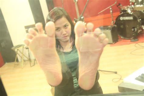 My Pinky Soles: My feet after Voiceover Session