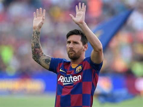 Lionel Messi Free To Leave At End Of Season, Barcelona