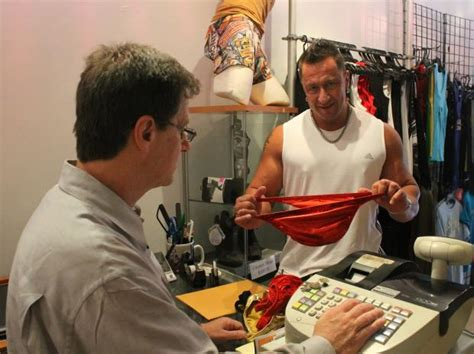 Bodybuilder Briefs a Hot Package at Hell's Kitchen Store