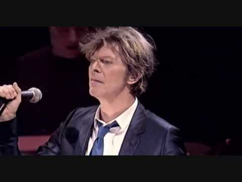 Watch David Bowie Perform 'Heroes' at His Last Full