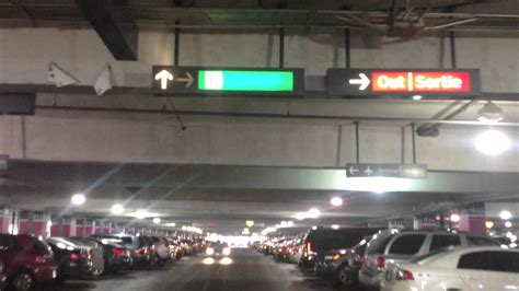 Driving to Toronto Pearson International Airport (parking