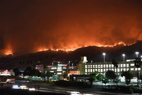 Photos: Firefighters tackle La Tuna fire, biggest wildfire
