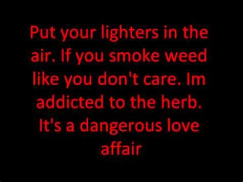 Who's Gonna Smoke Some Weed Tonight (Official Lyrics